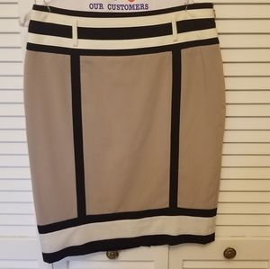 Worthington 6P taupe pencil skirt